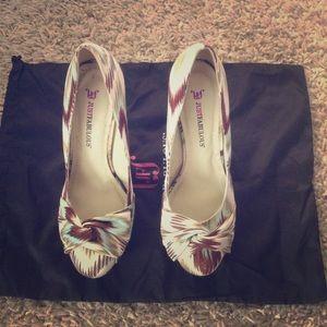 Justfab size 8 heels
